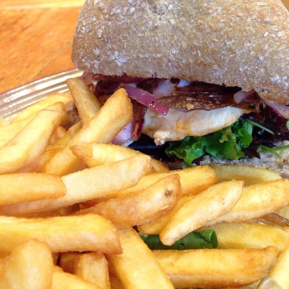 Nando s fast food melbourne melbourne victoria for Australian cuisine melbourne