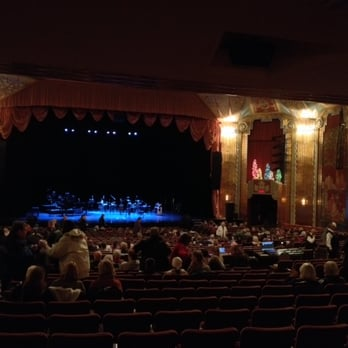 Photo Of Paramount Theatre Aurora Il United States Enough To Hold