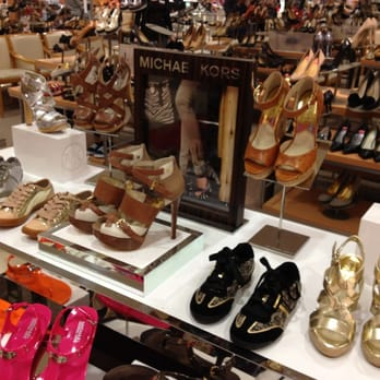 Shoe Stores In The Woodlands Mall Tx