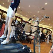 promo code f5935 92c75 Moncler Outlet - Women's Clothing - Reutlinger Str. 63 ...