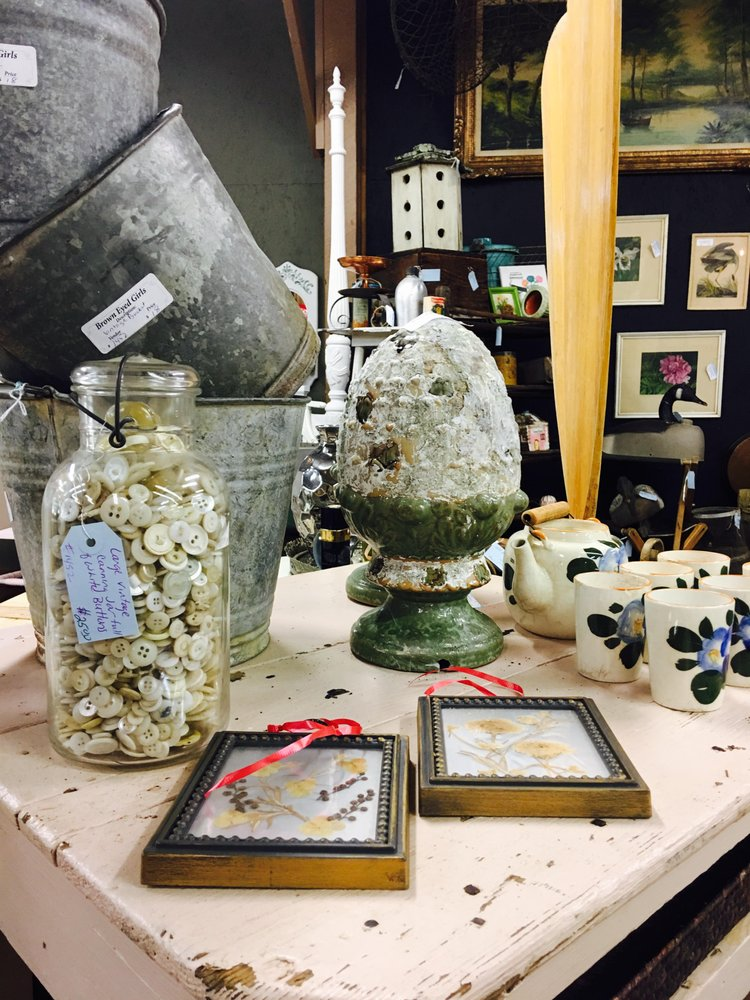 The Vintage Market Home and Garden Decor: 410 Wilburn Rd, Heber Springs, AR