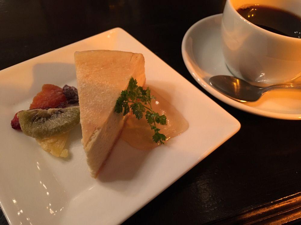 Tokyo Salonard Cafe Dub