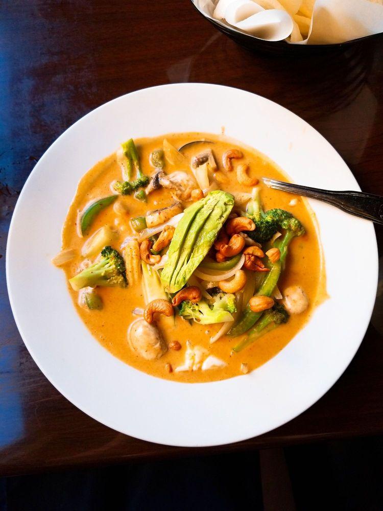 Thai Spoon: 149 N Lumpkin St, Athens, GA