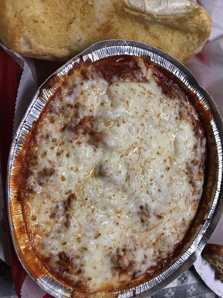 Piccolo's Italian Restaurant: 915 West Ave NW, Lenoir, NC