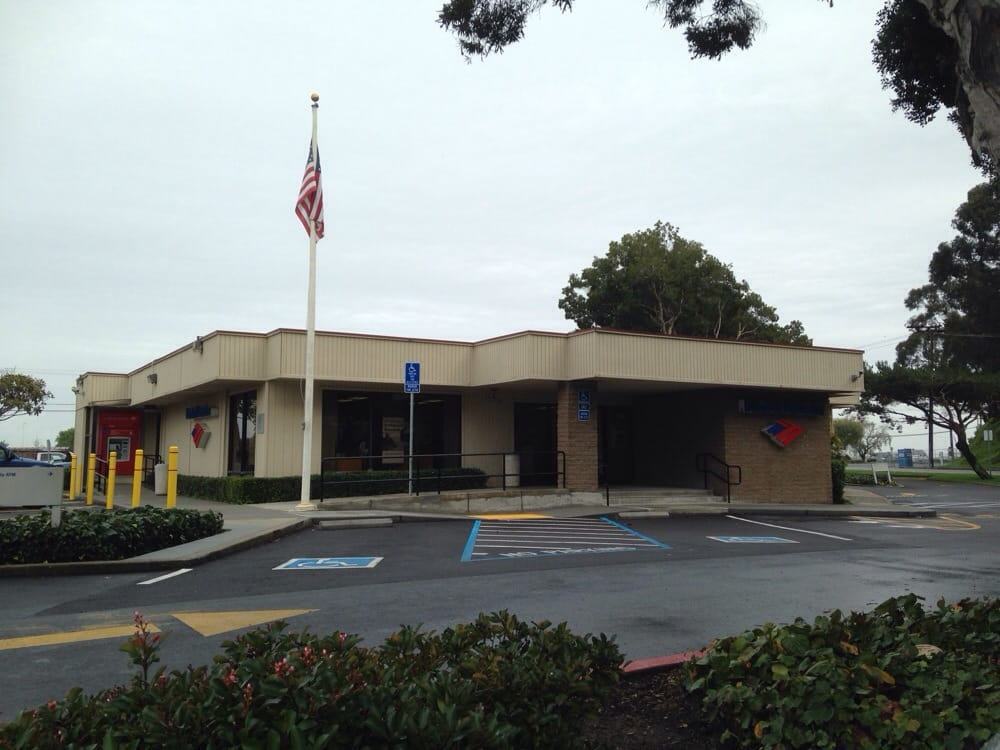 Bank of America: 70 Old County Rd, Brisbane, CA