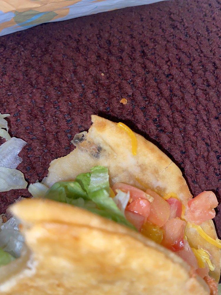 Taco Bell: 802 North Lynn Avenue, Lamesa, TX