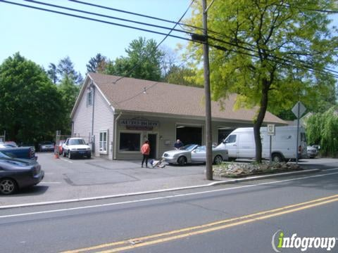 Pace Collision dba Doug Lowrie Auto Body: 57 Morristown Rd, Bernardsville, NJ