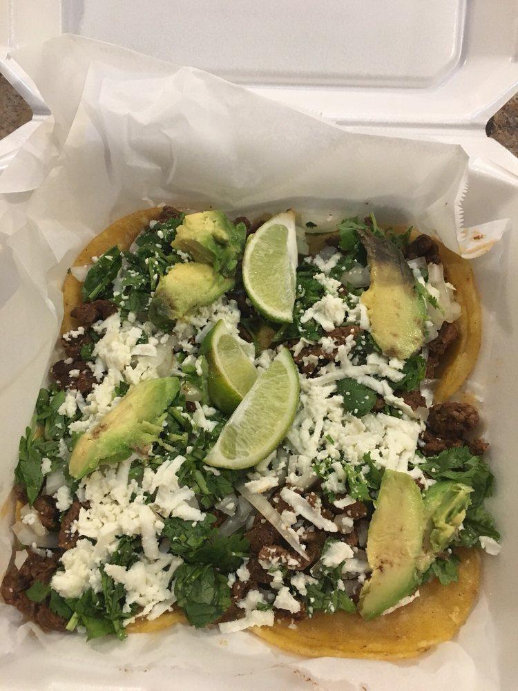 Maria's Restaurant & Taqueria: 1221 Fannin St, Columbus, TX