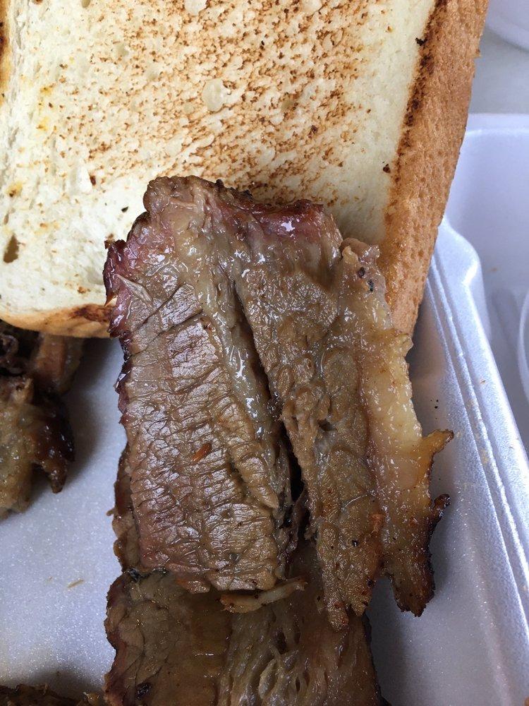 Pig Skin's BBQ: 1711 Stone Briar, Ada, OK