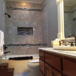 Pavel s tile 32 foto 39 s vloeren 2825 e st washougal for Bathroom remodel yelp