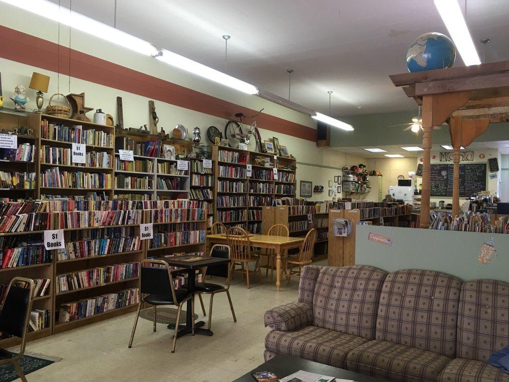 The Thirsty Bookworm: 508 Hewett St, Neillsville, WI
