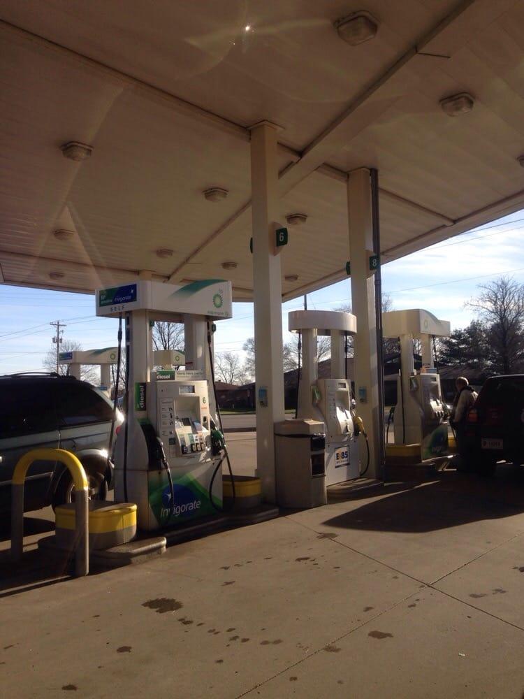 BP Gas: 52292 Fir Rd, Granger, IN