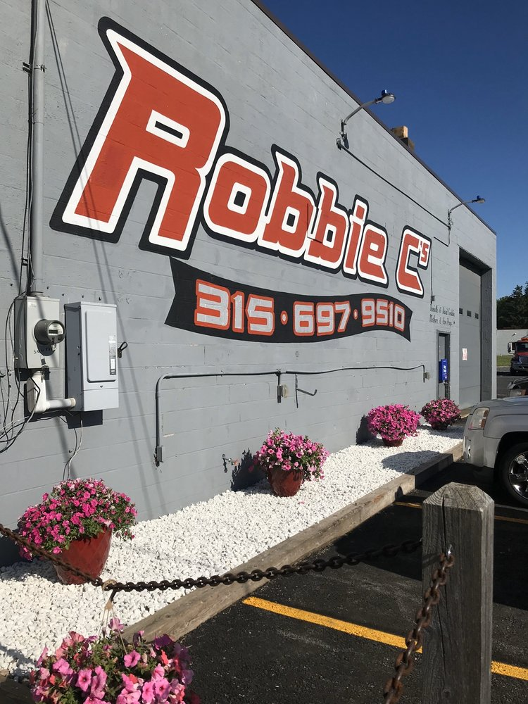 Robbie C's Car Clinic: 7118 Mount Pleasant Dr, Canastota, NY