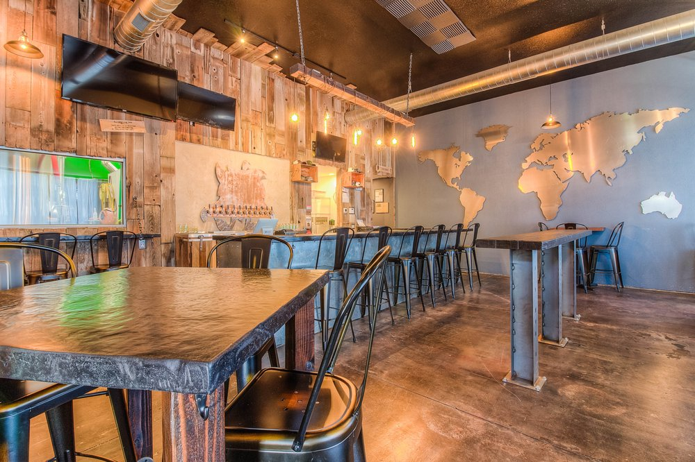 Wandering Hop Brewery: 508 N 20th Ave, Yakima, WA