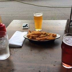 Rourt Brew Chew 139 Photos 129 Reviews Bars 2721 Plymouth Rd Ann Arbor Mi Restaurant Phone Number Yelp