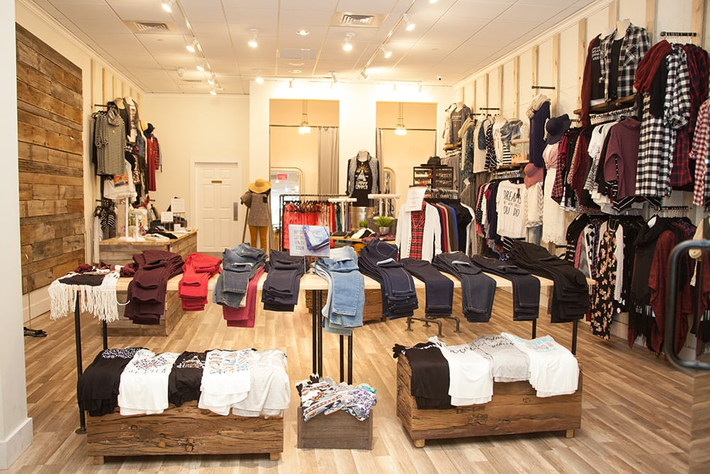 742037c04 Bella Ella Boutique - Women s Clothing - 148 N Main St