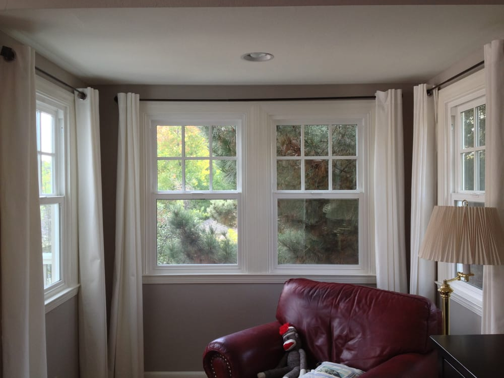 Milgard vinyl single hung with s d l simulated divided for Milgard fiberglass windows reviews