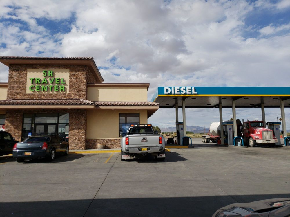 5-R Travel Center: 1695 Silver City Hwy, Deming, NM