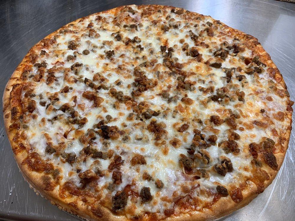 Big Belly Pizza Subs: 1048 Memorial Dr, Pulaski, VA