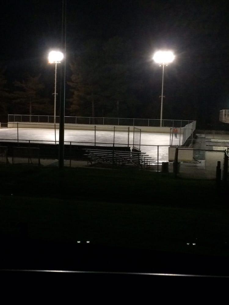North Park Skating Rink: 1101 Pearce Mill Rd, Allison Park, PA
