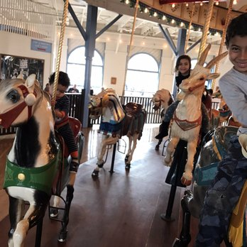Santa Monica Pier Carousel 100 Photos 61 Reviews Carousels