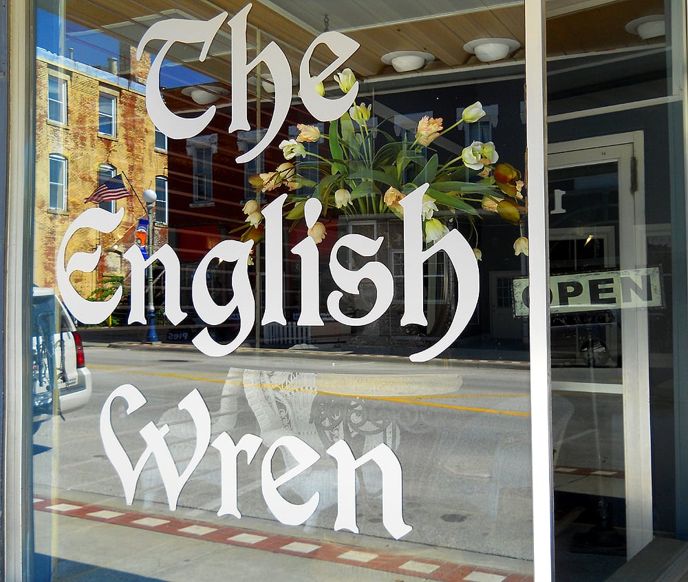 The English Wren: 118 E Main St, Anamosa, IA
