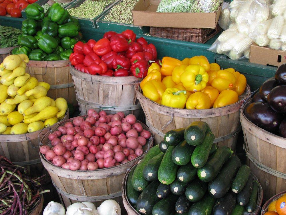 Atchison Farmers Market: 500-600 Main St, Atchison, KS