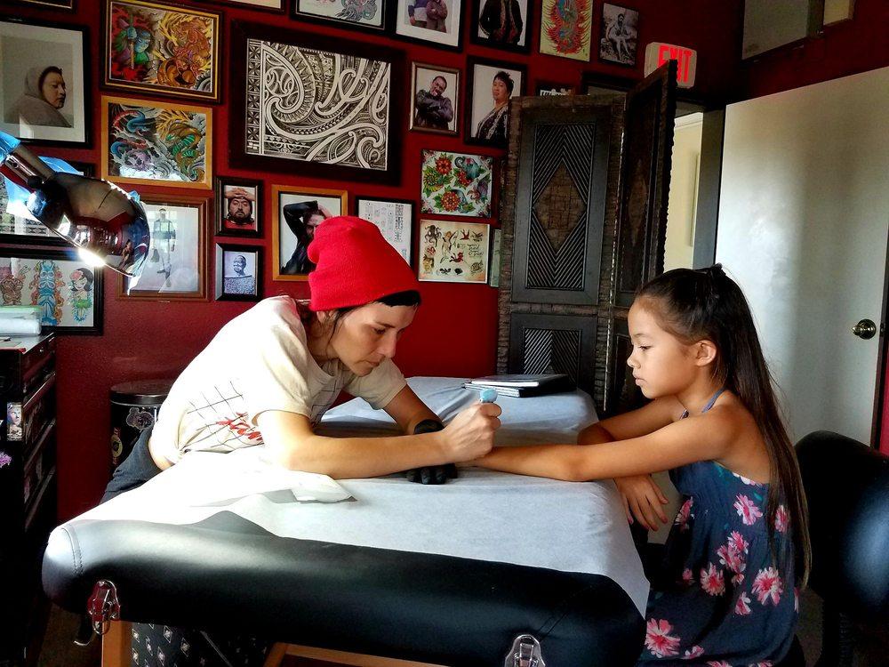 Adorned Kauai Henna & Jagua Body Art: 4556 Awawa Rd, Hanapepe, HI