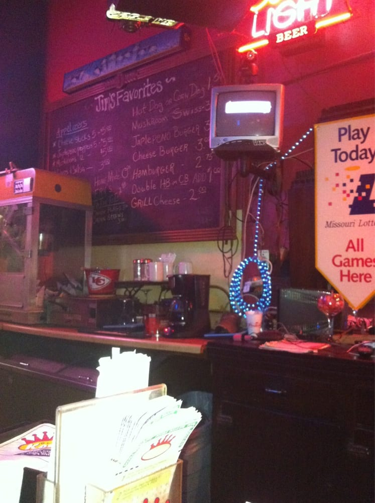 Jims Bar and Grill: 325 E 4th St, Carthage, MO
