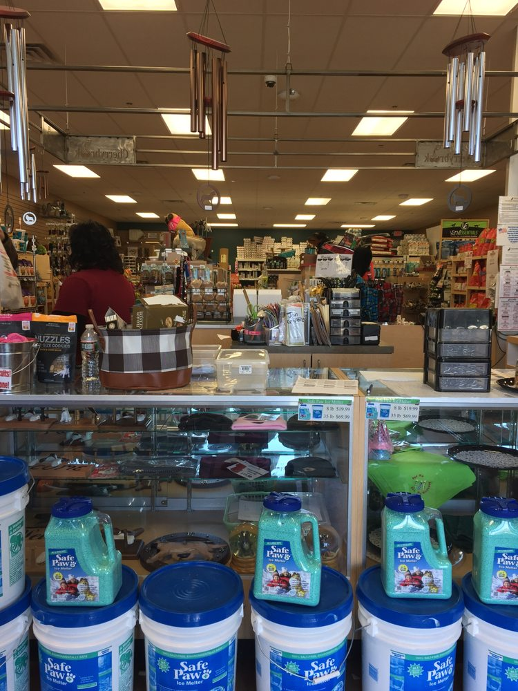 CherryBrook Premium Pet Supplies: 405 E Washington Ave Route 57, Washington, NJ