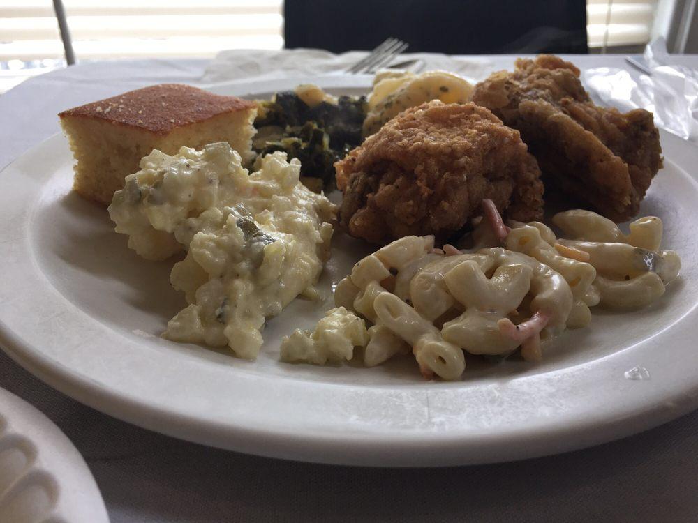 Seaboard Station Restaurant: 12 Charlotte St, Hamlet, NC