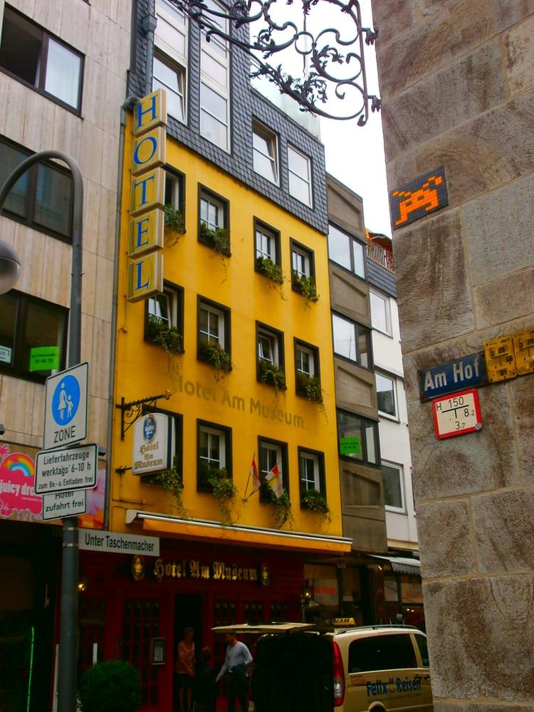 hotel am museum konaklama kahvalt unter taschenmacher 18 martinsviertel k ln nordrhein. Black Bedroom Furniture Sets. Home Design Ideas