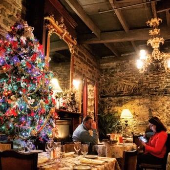 Restaurant Les Filles Du Roy Montreal Qc Canada