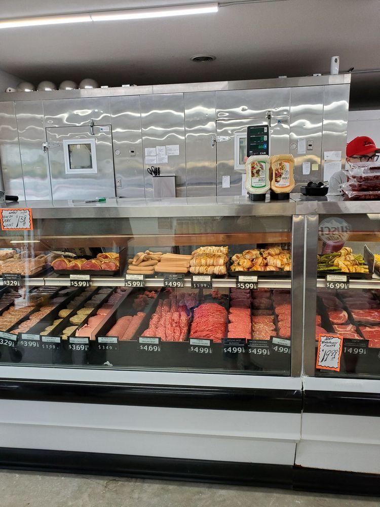 Louie's Custom Meats: 810 US Hwy 18 W, Clear Lake, IA