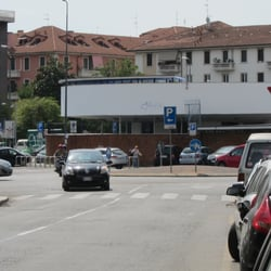Piscina argelati zwembaden via giovanni segantini 6 for Milano piscina argelati