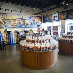 f95026259702e6 Ghirardelli Chocolate Outlet and Ice Cream Shop - 106 Photos   21 ...