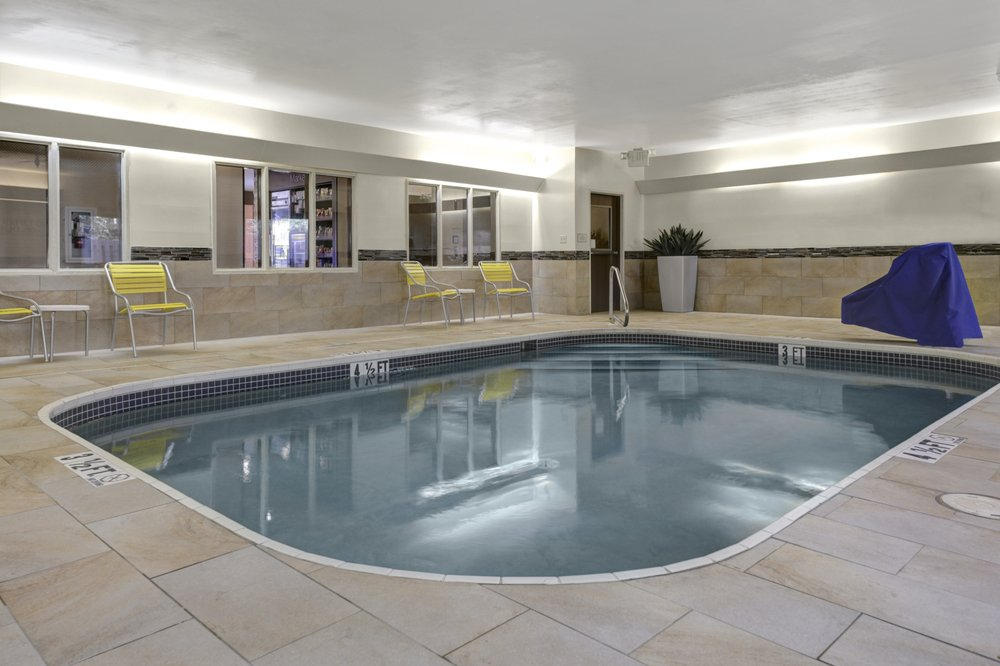 Fairfield Inn by Marriott: 3038 Ross Clark Cir, Dothan, AL