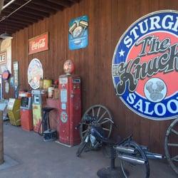 dakota Knuckle saloon sturgis south