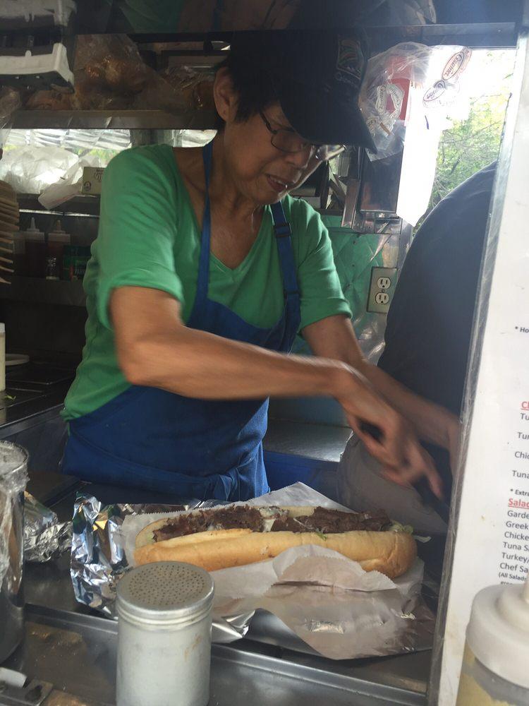 Linda's Cart: 4400 Woodland Ave, Philadelphia, PA
