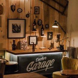 decker garage 15 foto cantine enoteche haslacher str. Black Bedroom Furniture Sets. Home Design Ideas