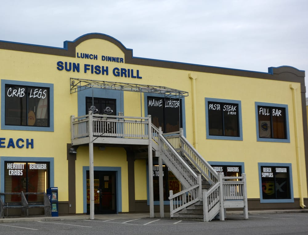 Sun fish grill 23 photos 71 reviews seafood 813 for Fish grill near me