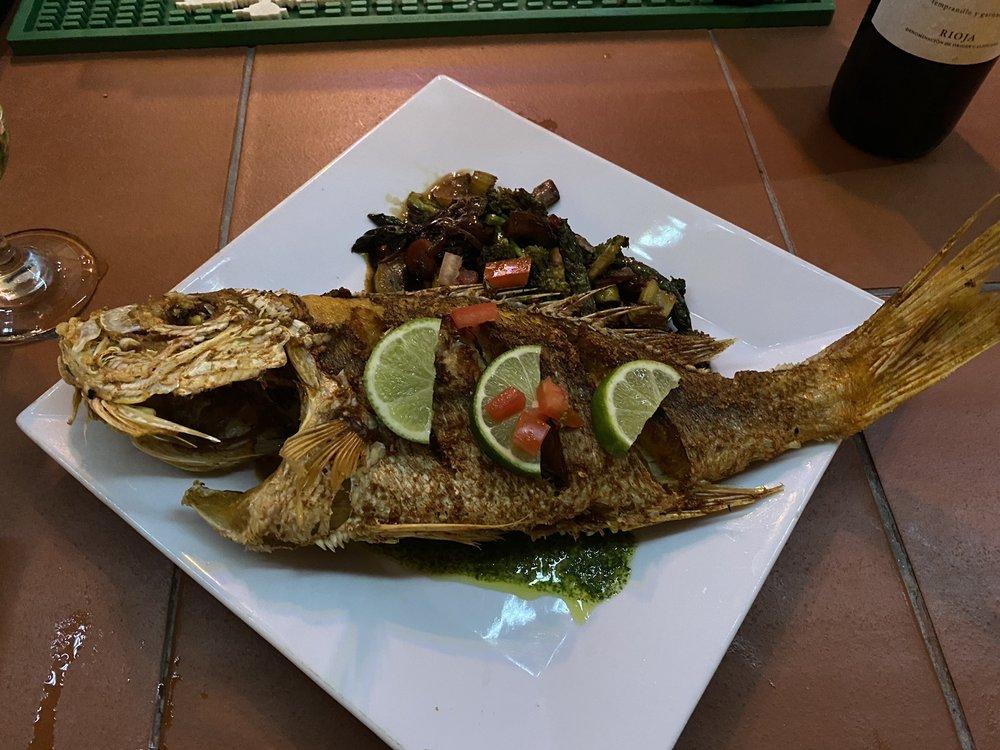 Susie's Restaurant: Sardinas 2, Culebra, PR