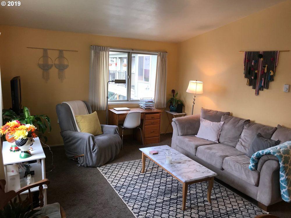 Katya Ulmer, Licensed Broker, Icon Real Estate Group | 1570 Mohawk Blvd, Springfield, OR, 97477 | +1 (541) 653-1345