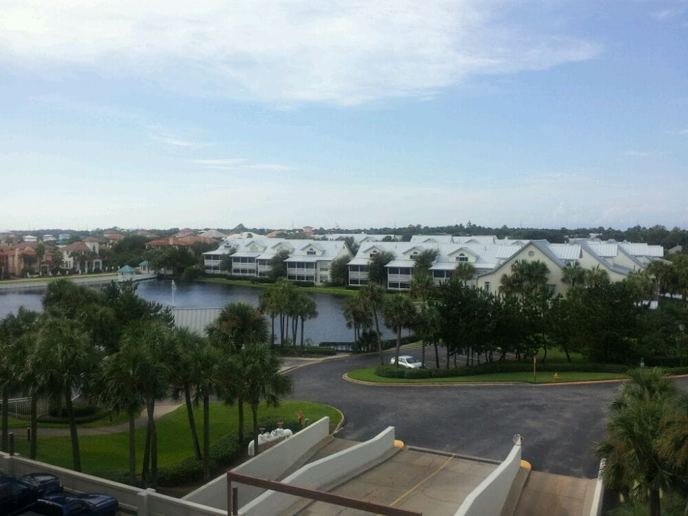 Backside view from 401 yelp for Destin fish market