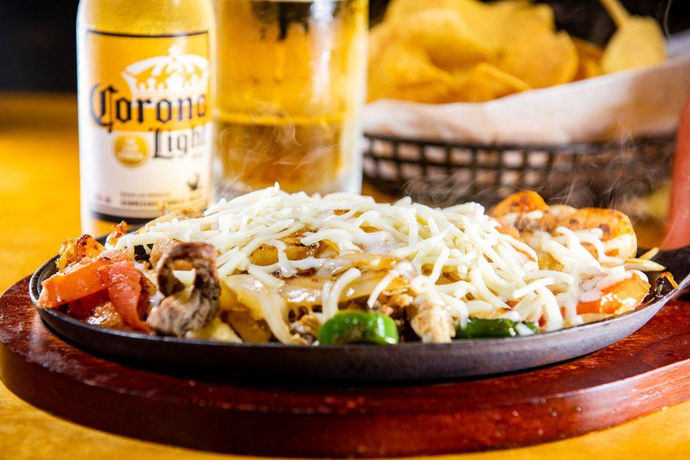 Toros Cantina & Grill: 3311 S Broad St, Scottsboro, AL