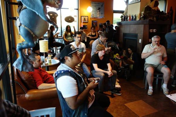 Galaxy Cafe - CLOSED - (New) 104 Photos & 60 Reviews - Coffee & Tea