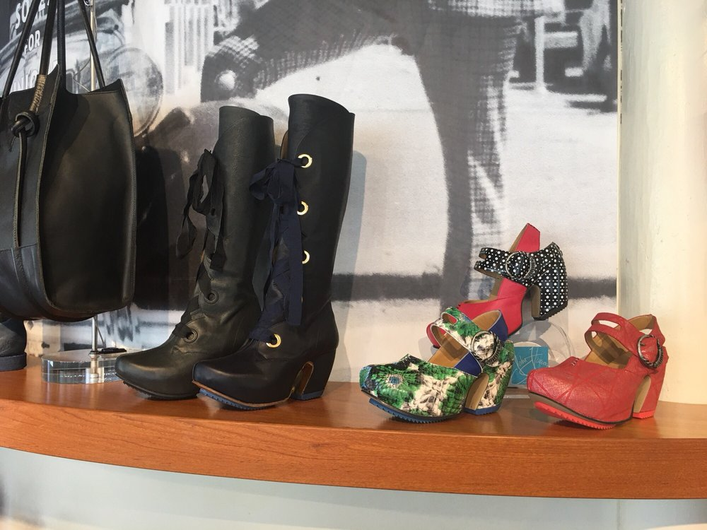 John Fluevog: 2900 Hennepin Ave, Minneapolis, MN