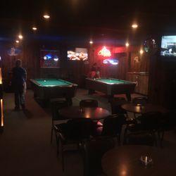 Shirleys Dive Bars S Th Springdale AR Phone Number - Springdale pool table