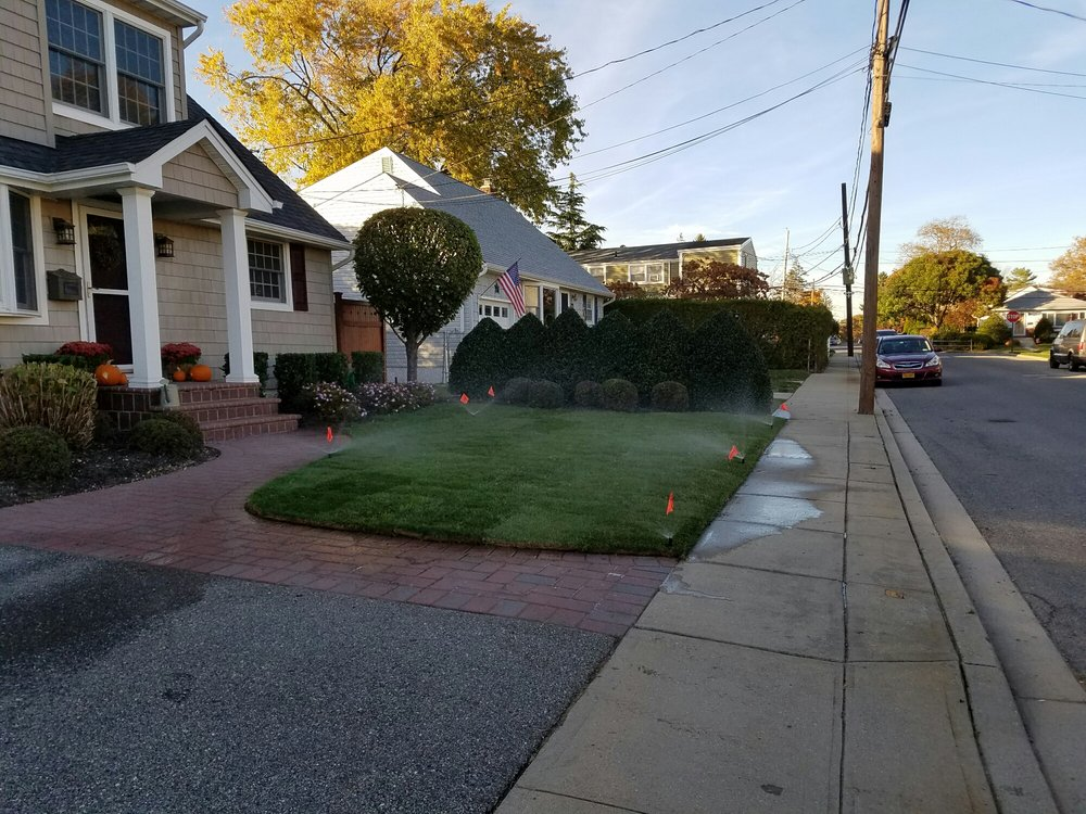 Rob's Landscaping: 625 Stewart Ave, Bethpage, NY