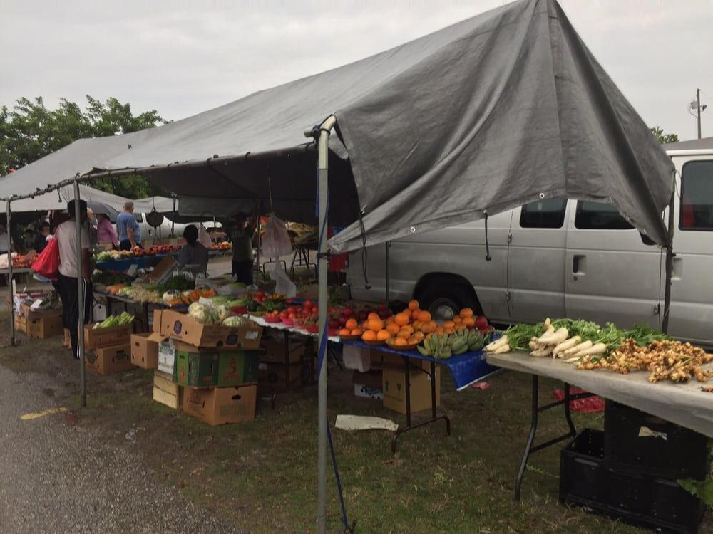Mustang Flea Market: 7901 Park Blvd, Pinellas Park, FL